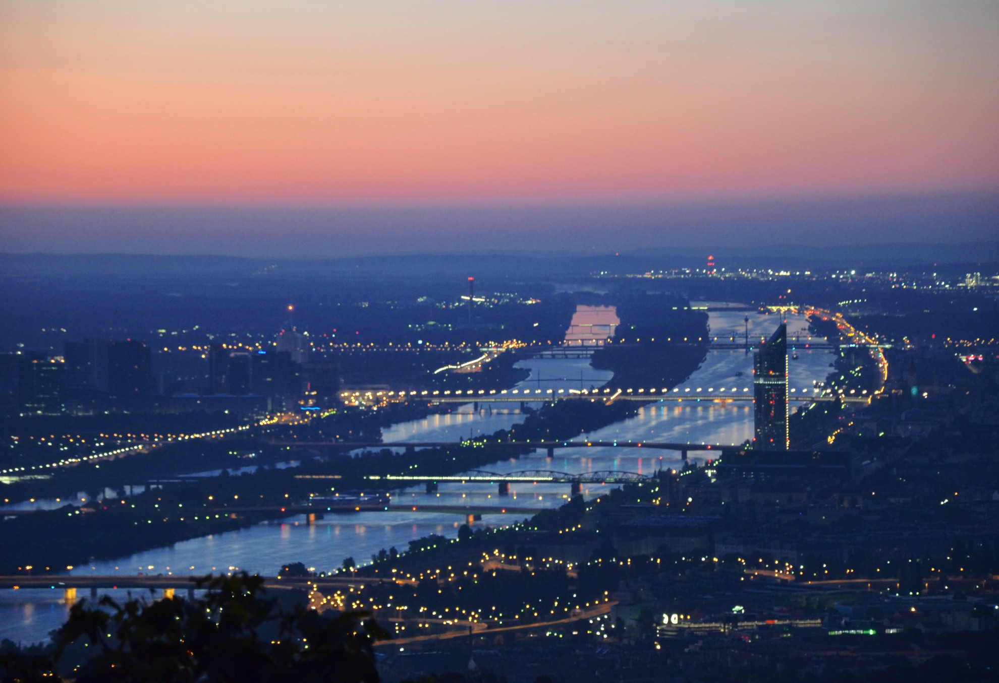 Vienna_-_Kahlenberg_-_panoramio_(2)